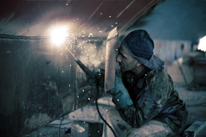 juta2017-welding-mask-ugur-gurcuoglu